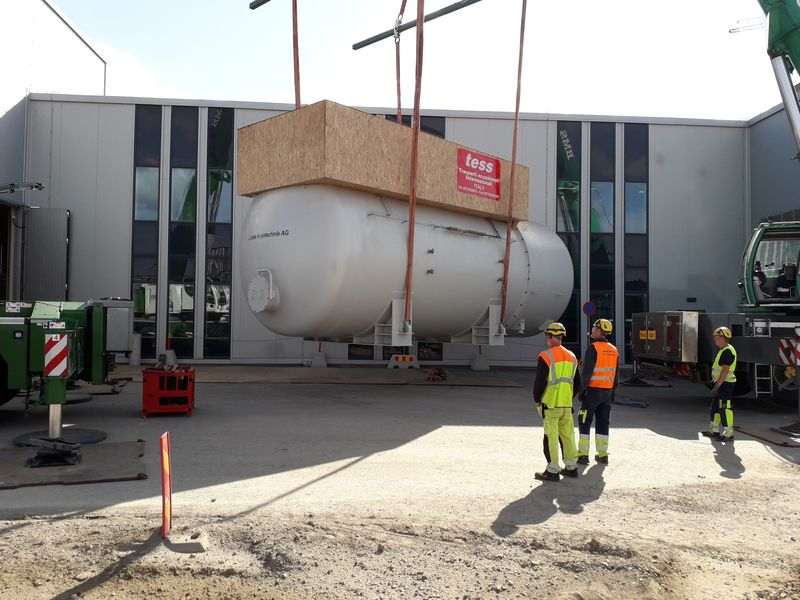 Coldbox delivery ESS construction site